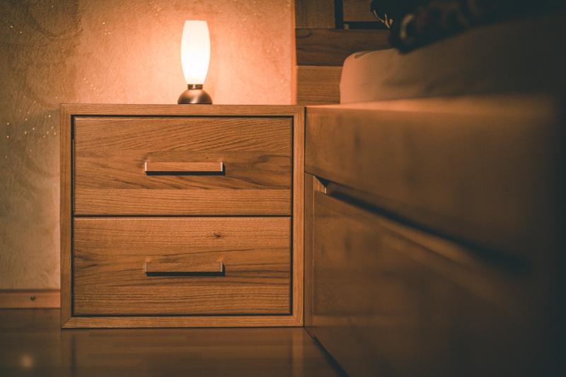Nachttisch | Massivholz